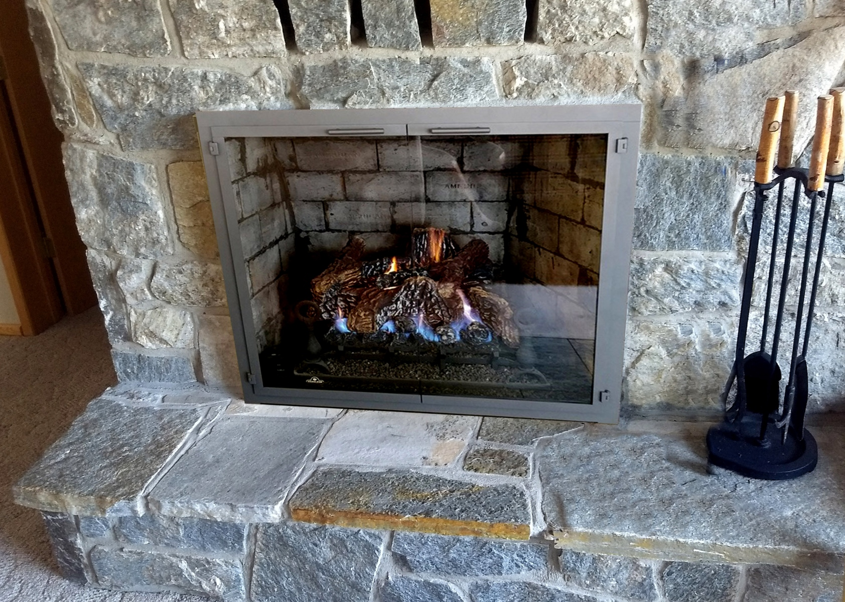 Newport-on-fireplace